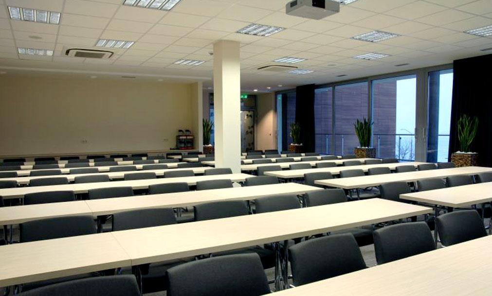 hotel ponteo konferenčná miestnosť