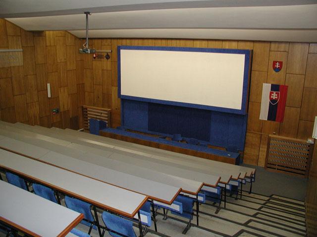 slovenská zdravotnícka univerzita prednášková aula