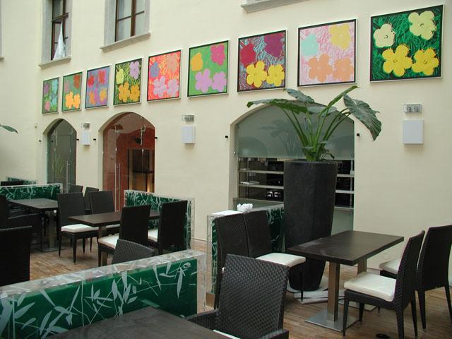 flower restaurant