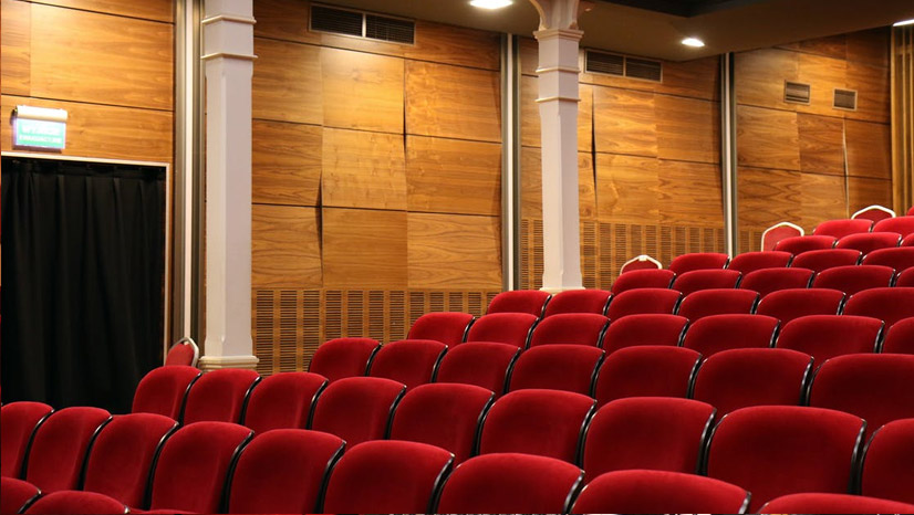 Divadlo sedenie