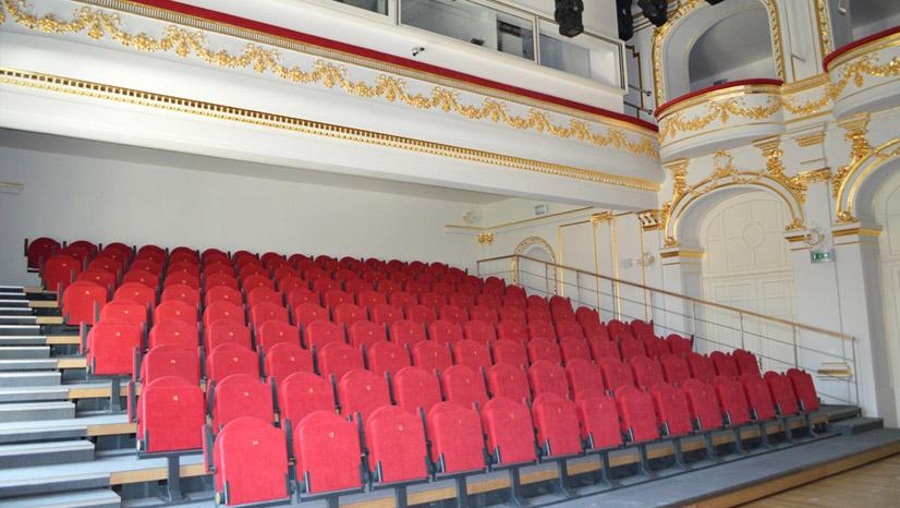 Košice sedenie