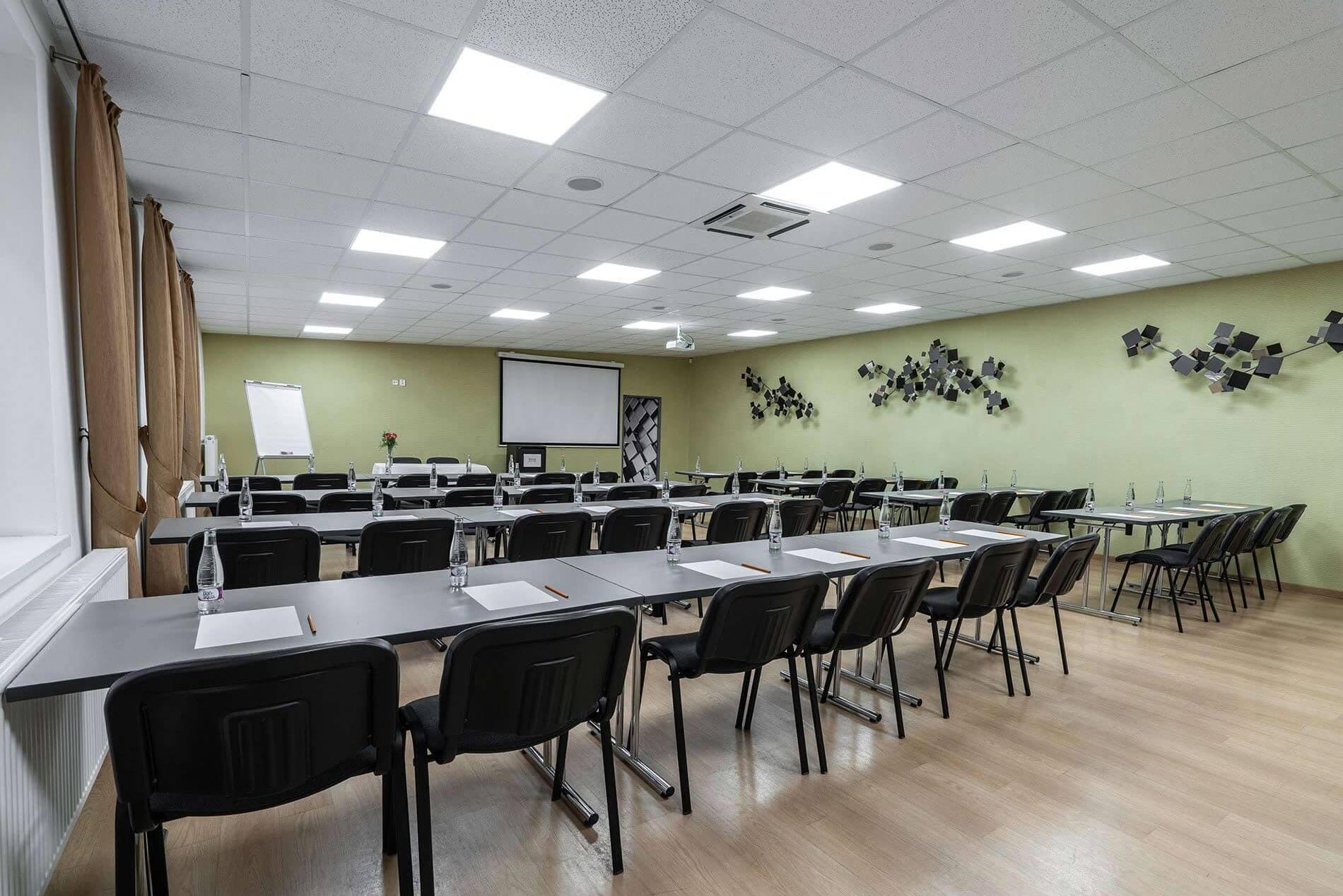 NBC, ozvucenie, akustika a videoprojekcia - konferencna miestnost - MediaTech