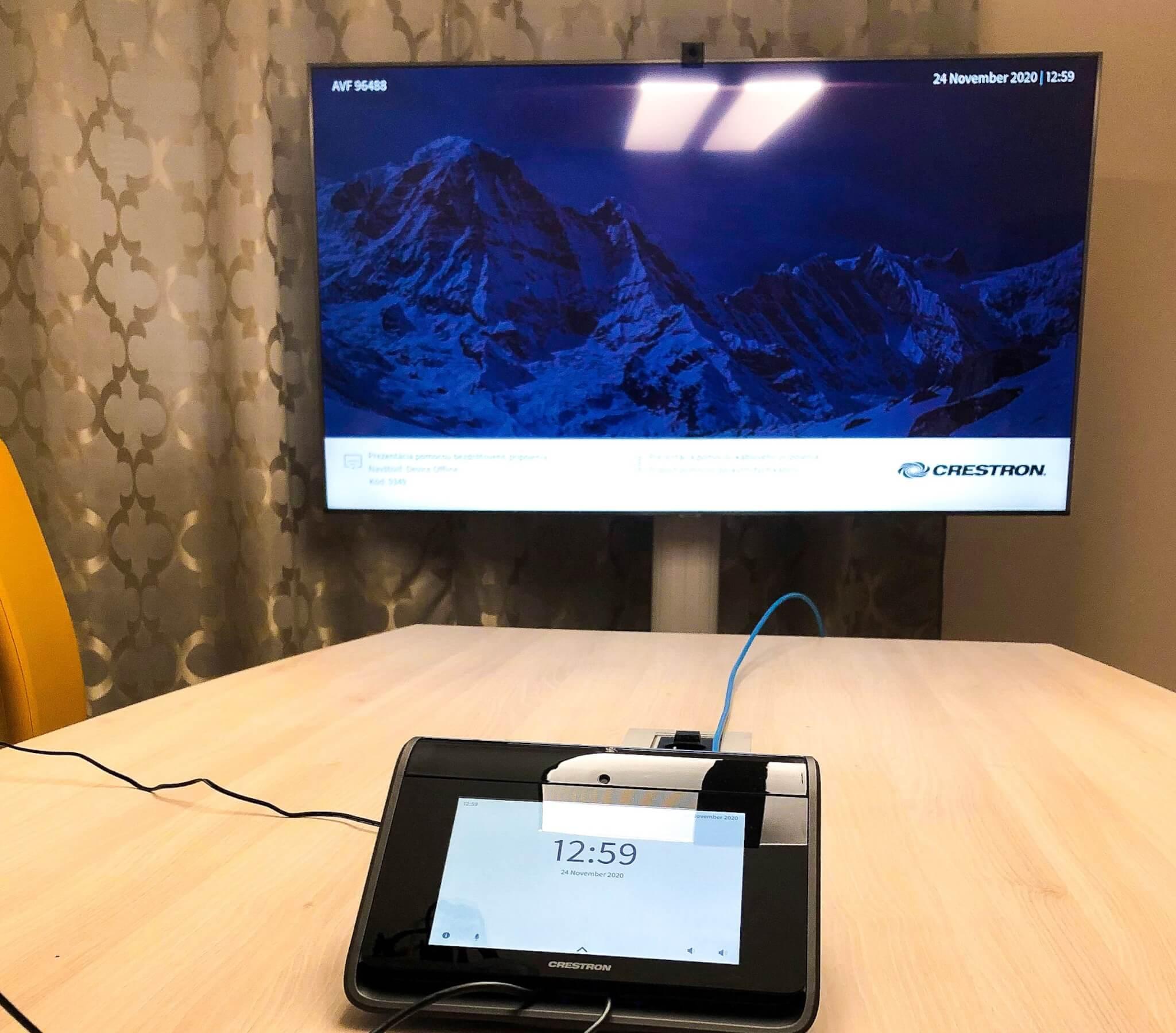MediaTech-Crestron-meeting-room